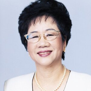 picture of annette lu hsiu-lien